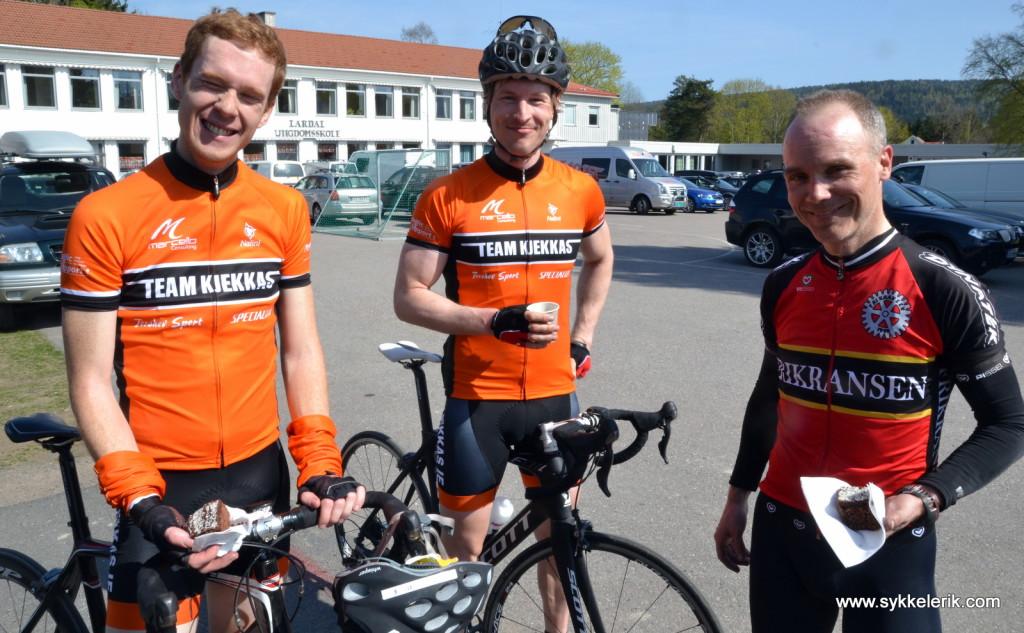 Fra venstre: Nicolay Eskildsen, Tore Gjerdrum (begge Team Kjekkas) og Erik Tjøtta (Frikransen).