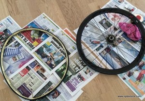Å skifte dekk på tubular-hjul er et sant helvete, men man blir glad av limen - og resultatet blir gjerne bra til slutt!