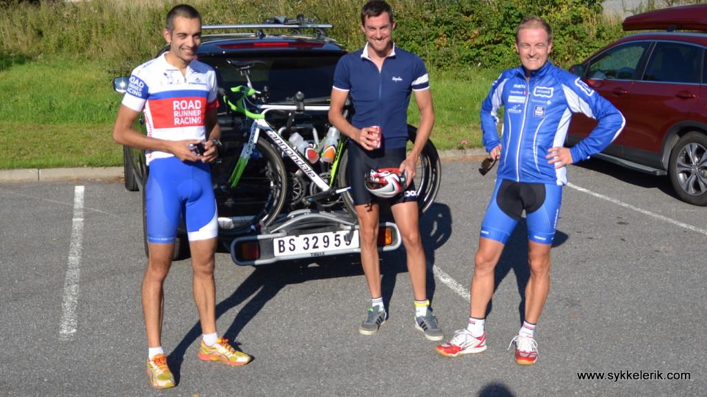 Fra venstre mot høyre: Meg (2:48), Mikael Brunbäck (2:31) og Arne Grøndal (2:32).