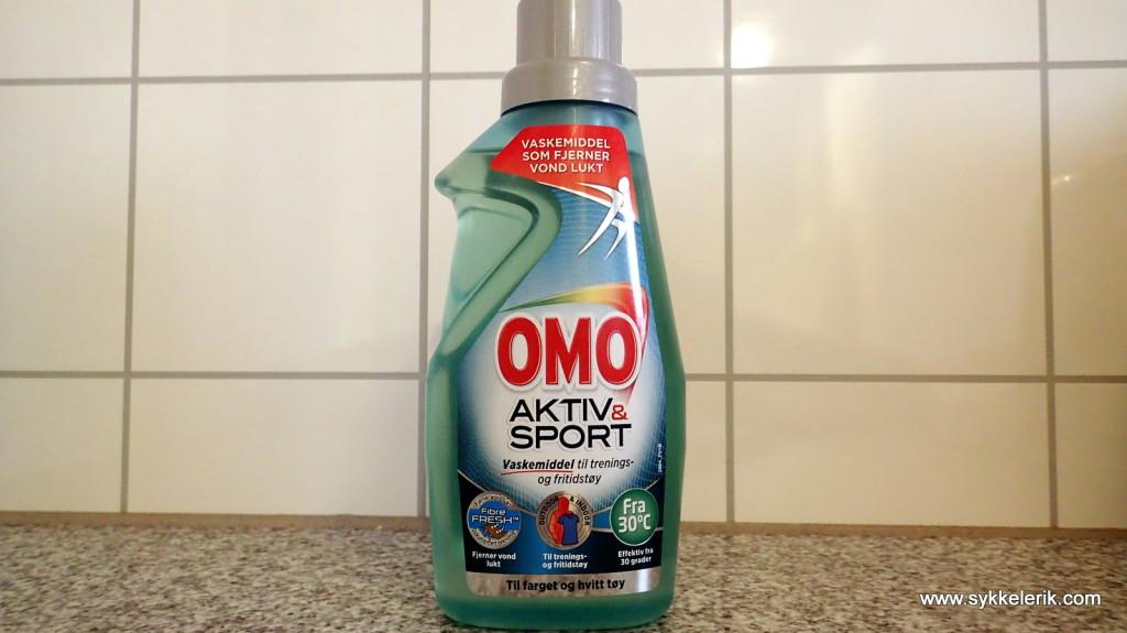 OMO Aktiv & Sport 500 ml koster mer enn vanlig OMO, men er vaskemiddelet verdt de ekstra kronene?