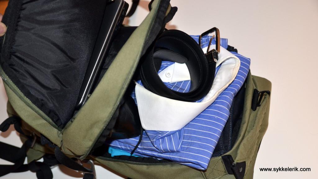 Sko, bukser, undertøy, sokker, skjorte, belte og håndkle går rett inn uten problemer.