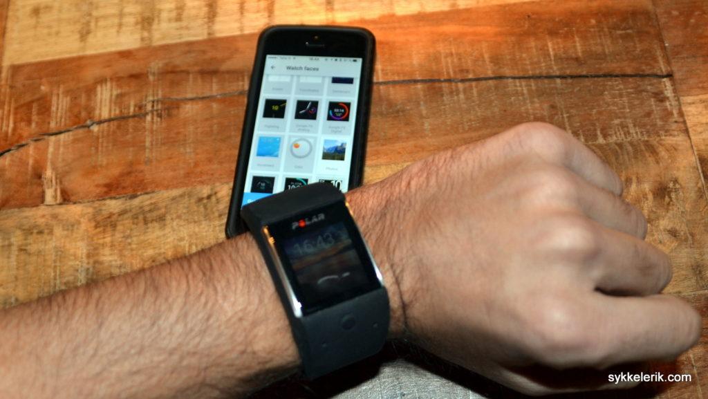 Med appen Android Gear på iPhone får du styrt klokka. Du bør imidlertid ha en Android-telefon for å ta ut potensialet i Polar M600.